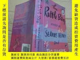 二手書博民逛書店The罕見Rattle Bag edited by Seamus