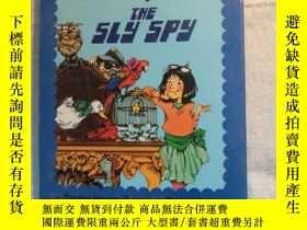 二手書博民逛書店THE罕見SLY SPY (附光盤)【 原版 品新實拍 】Y25