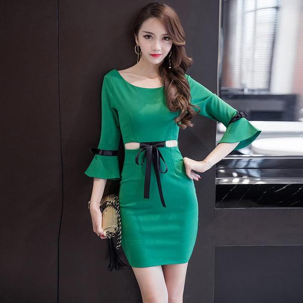VK精品服飾 韓系名媛露腰喇叭袖修身顯瘦包臀長袖洋裝