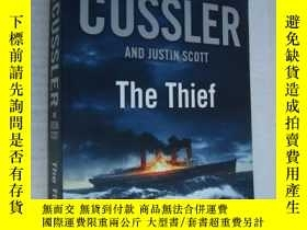 二手書博民逛書店罕見英文原版 The Thief (An Issac Bell