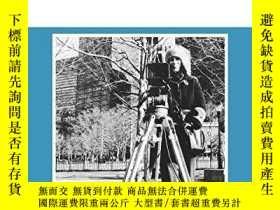 二手書博民逛書店The罕見Films Of Yvonne Rainer (theores Of Representation An