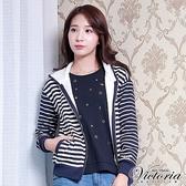 Victoria 繡標條紋連帽休閒外套-藍底白條-V3514758(領劵再折)