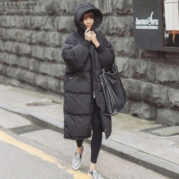 [現貨] 韓國風格 大尺碼M-3XL爆款/匹諾曹朴信惠款超長版仿羽絨鋪棉風衣外套保暖大衣【QZZZ11048】