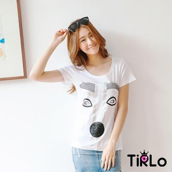 上衣-Tirlo-貼黑鑽線條五官白T恤