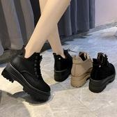 網紅厚底馬丁靴女2019新款秋冬帥氣機車靴坡跟短筒靴網紅瘦瘦靴潮 遇見初晴