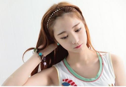 [協貿國際]  韓式不對稱條紋耳釘耳環飾品 (2個價)