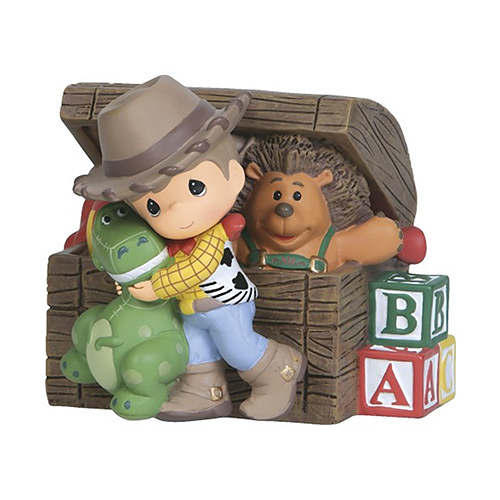 《Precious Moments》DISNEY迪士尼玩具總動員胡迪水滴娃娃玩具箱音樂鈴塑像-Musical:Woody Toy Chest_PX02437