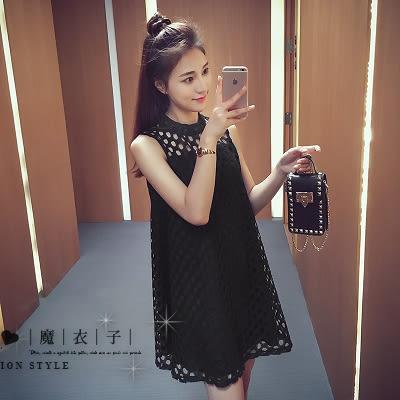 【QV1082】魔衣子-純色鏤空圓領寬鬆無袖背心連身裙