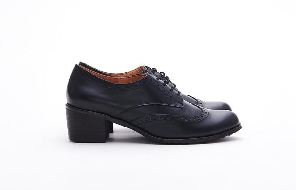 MICHELLE PARK 經典英倫學院風 質感素面真皮牛津粗跟跟鞋-黑色