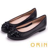 ORIN 微甜新時尚 牛皮拼接壓紋羊皮裙擺娃娃鞋-黑色