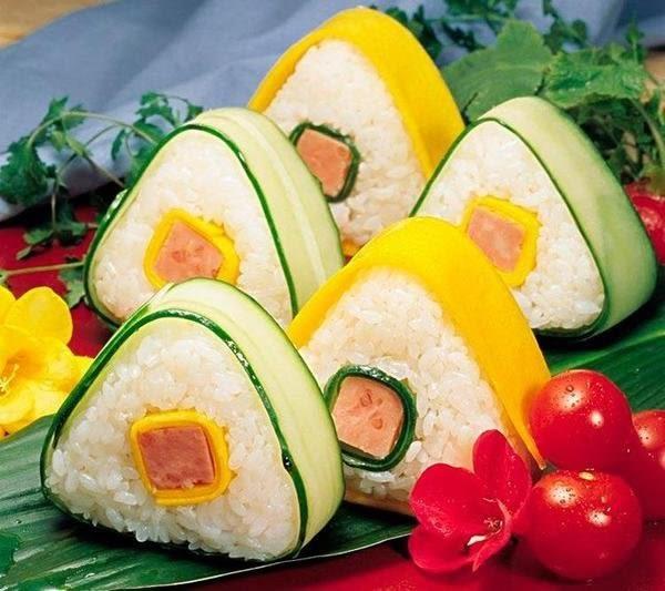 【發現。好貨】DIY日式大三角形飯糰 壽司料理海苔夾紫菜飯糰模具 小孩最愛