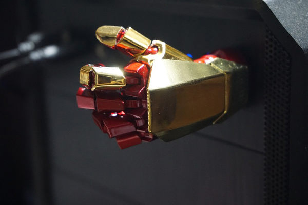 隨身碟閃存盤32GB優盤創意生日禮物U盤iron送男生實用禮物 免運直出 交換禮物