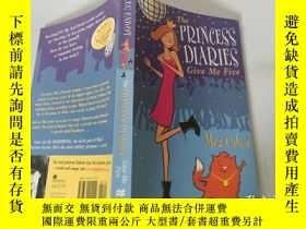 二手書博民逛書店The罕見Princess Diaries:give me five 公主日記:給我五Y200392