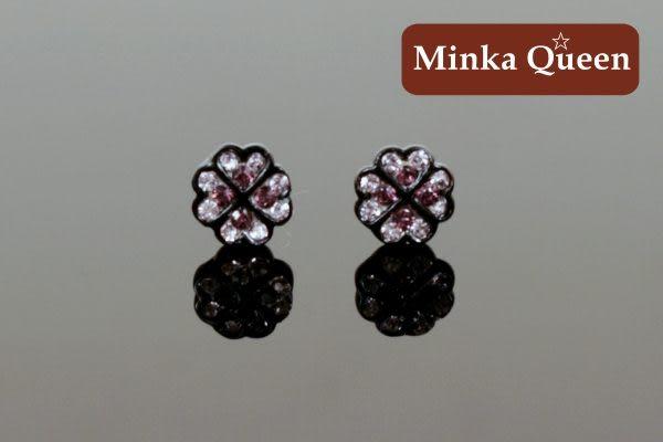 德國鈦鋼 可愛幸運草造型 深紫紅精緻水鑽黑框底 抗敏耳環(一對)(7 mm)