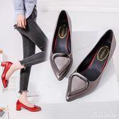 中大尺碼小皮鞋女 2018新款韓版鞋中跟時尚粗跟高跟鞋百搭女尖頭淺口女單 XY5809【KIKIKOKO】