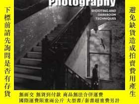二手書博民逛書店Dramatic罕見Black & White PhotographyY255562 J.d. Hayward