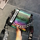包包女免運夏季新品潮寬帶手提百搭側背包鏈條水桶包