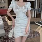 方領洋裝 2021夏季新款法式小眾高腰顯瘦包臀裙女性感小心機禮服短袖連身裙 晶彩