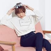 東京著衣-夢展望-落肩字母圓領短版長袖T恤(4190007)