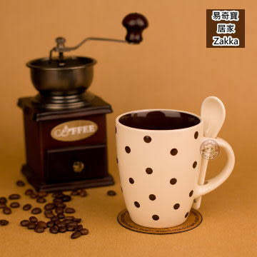 陶瓷杯 義式創意圓點咖啡杯 附陶瓷勺 奶白色