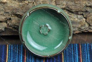 哥窯鐵胎玻璃釉梅花杯