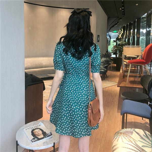 EASON SHOP(GW5679)實拍復古滿版小碎花薄款收腰V領泡泡袖短袖A字雪紡連身裙洋裝女上衣服短裙膝上裙
