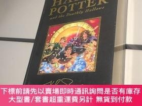 二手書博民逛書店Harry罕見Potter and the Deathly Hallows 哈利波特與死亡聖器 英文原版!【 未拆