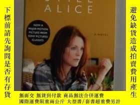 二手書博民逛書店英文原版罕見Still Alice by Lisa Genova