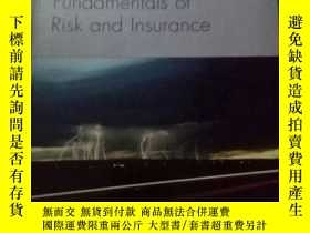 二手書博民逛書店Fundamentals罕見of Risk and Insura