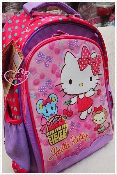 ♥小花花日本精品♥ Hello Kitty 凸印粉色櫻桃蝴蝶結多圖書包後背包