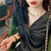 夏裝新款韓版chic修身顯瘦亮閃閃V領短袖T恤性感扭結打底衫上衣女『櫻花小屋』