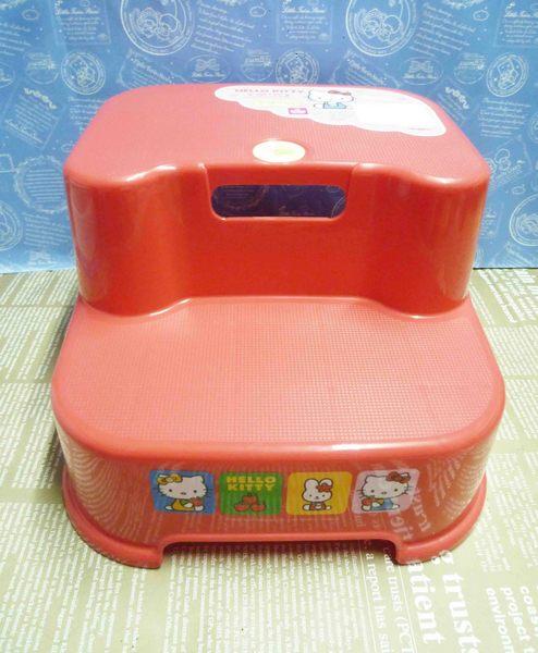 【震撼精品百貨】Hello Kitty 凱蒂貓~雙層塑膠椅-紅