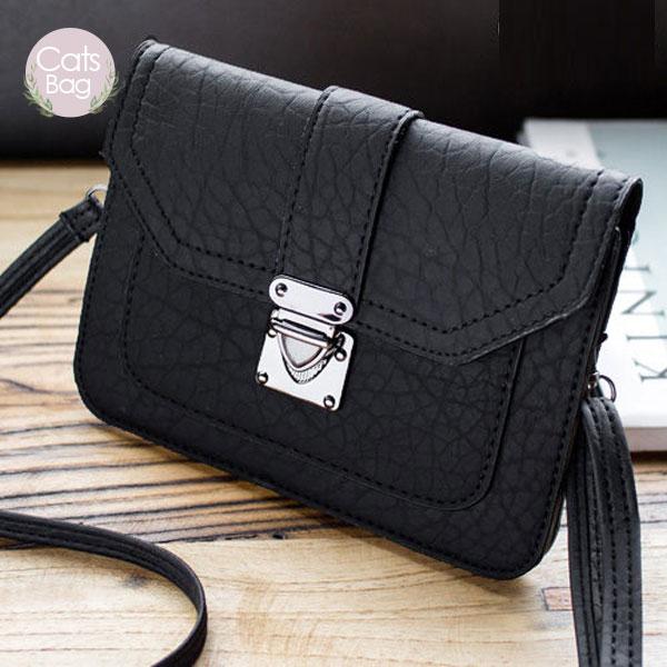 Catsbag|多層皮紋斜背包|可放6吋手機|62420807