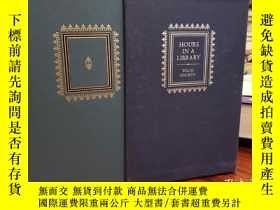 二手書博民逛書店Hours罕見In A Library (3 Volume Set With Slipcase)Y94537