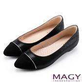 MAGY 清新氣質款 親膚舒適拼色尖頭平底鞋-黑色