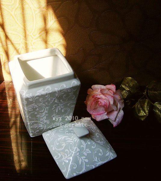 北歐風情 手繪陶瓷花瓶 白色款
