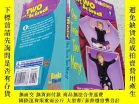 二手書博民逛書店Mary-Kate罕見and Ashley two of a kind one twin too many瑪麗-凱