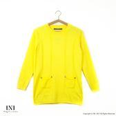 【INI】柔感舒適、小口袋造型手感針織毛衣.黃色