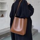 水桶包 質感學生單肩包包女2021新款潮時尚大容量百搭斜挎子母水桶包【快速出貨八折鉅惠】