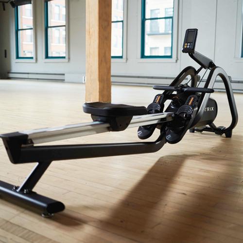喬山 Matrix Rower 商用專業訓練划船機