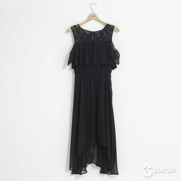 CANTWO蕾絲拼接雪紡荷葉洋裝-共兩色