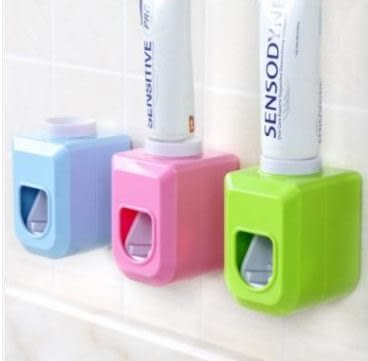 預購-自動擠牙膏器 懶人擠牙膏器 牙膏收納擠壓器 無痕粘鉤擠牙膏器