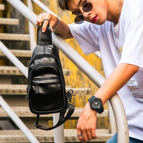 男士胸包潮男款韓版斜背包 戶外運動休閒百搭男生側背包后背跨包 韓國時尚週