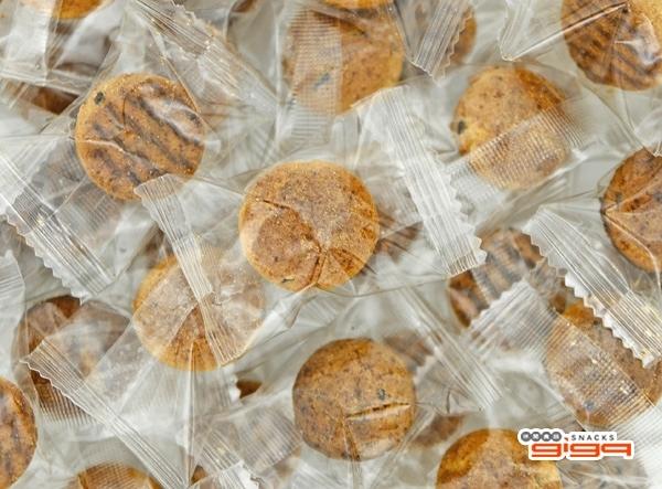 【吉嘉食品】點點頭餅乾(芝麻豆漿味)單包裝 600公克,產地馬來西亞 [#600]{CU156}