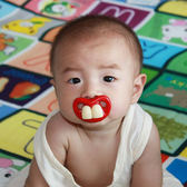 搞怪嬰兒安撫奶嘴硅膠個性新生兒寶寶搞笑可愛齙牙兔牙創意安睡型【博雅生活館】