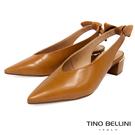 TF852509 巴西進口 牛皮單色鞋面 深口尖楦復古優雅 後拉帶皮革扭結造型 中跟柱狀鞋跟輕鬆好穿