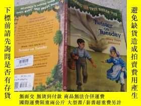 二手書博民逛書店twister罕見on Tuesday星期二的龍卷風Y200392