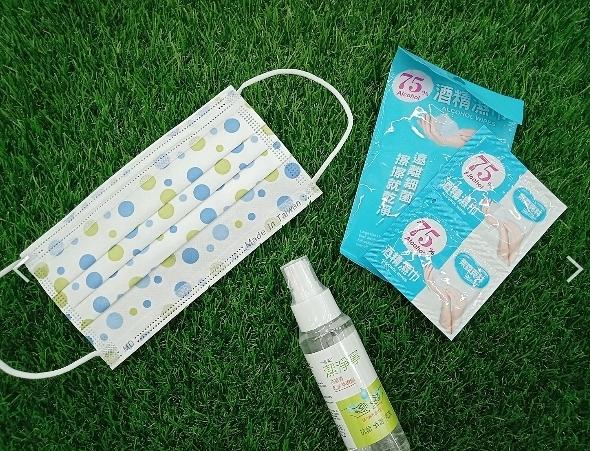 防疫組合包:乾洗手液+蘇打泡泡平面醫療口罩30入+酒精濕紙巾6入/包