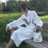 春裝女裝港味復古chic風中長款白色長袖上衣寬鬆百搭抽象印花襯衫     麥吉良品
