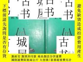二手書博民逛書店古籍本《世界最偉大的板球擊球手唐納德·布拉德曼爵士歷史2卷》W.